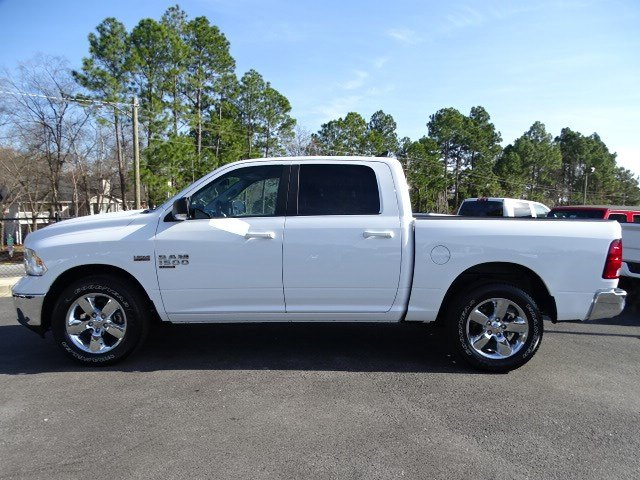 2019 Ram 1500 Crew Cab 4x2,  Pickup #597115 - photo 4
