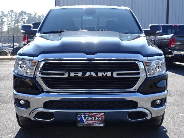 2019 Ram 1500 Crew Cab 4x2,  Pickup #597119 - photo 3
