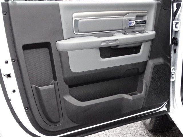 2019 Ram 1500 Regular Cab 4x2,  Pickup #597135 - photo 7