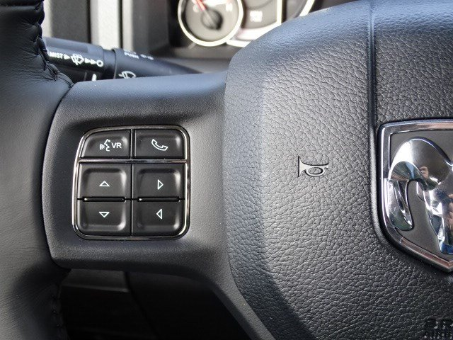 2019 Ram 1500 Crew Cab 4x2,  Pickup #597189 - photo 16