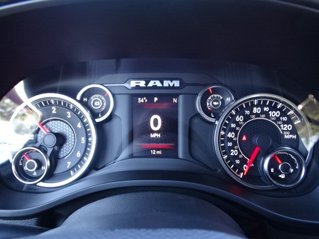 2019 Ram 1500 Crew Cab 4x2,  Pickup #597190 - photo 17