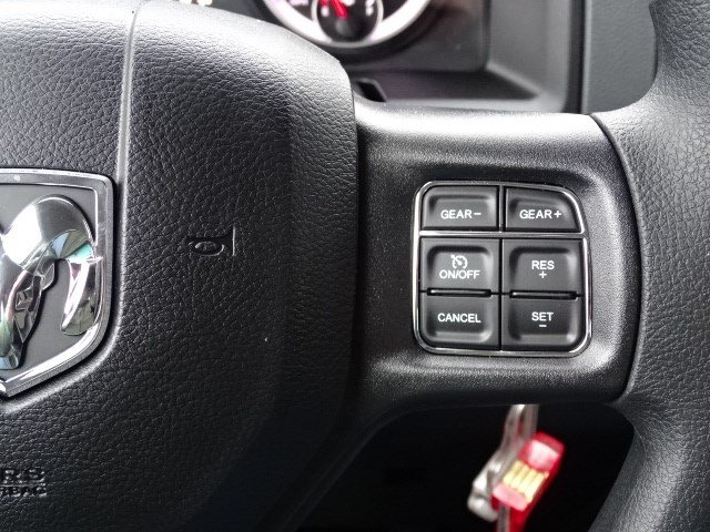 2019 Ram 1500 Quad Cab 4x2,  Pickup #597296 - photo 16