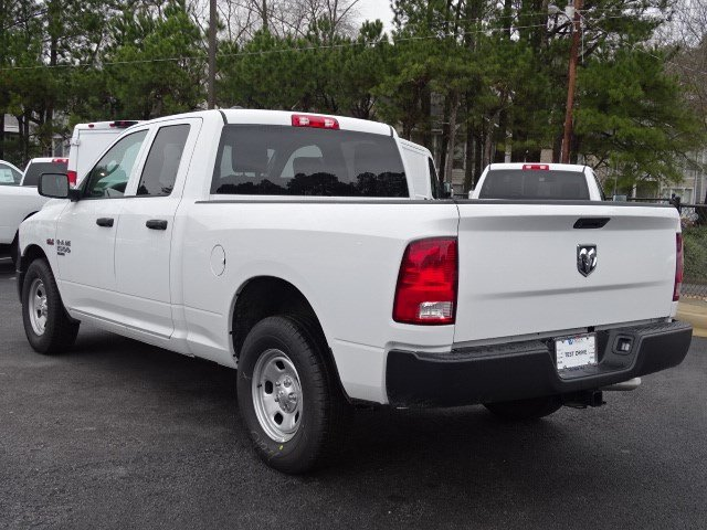 2019 Ram 1500 Quad Cab 4x2,  Pickup #597296 - photo 2