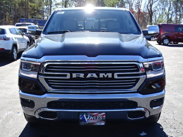 2019 Ram 1500 Crew Cab 4x2,  Pickup #597297 - photo 3