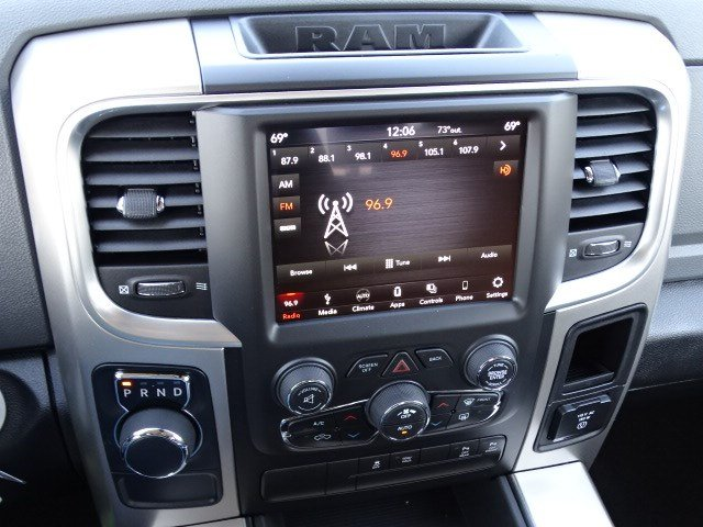 2019 Ram 1500 Crew Cab 4x2,  Pickup #597528 - photo 19