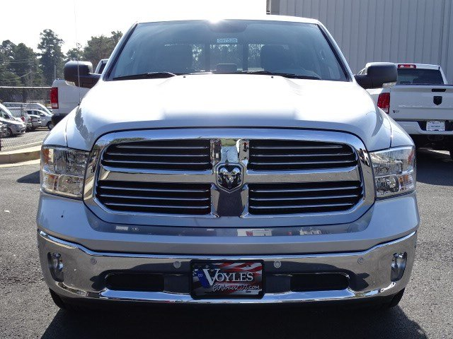 2019 Ram 1500 Crew Cab 4x2,  Pickup #597528 - photo 3