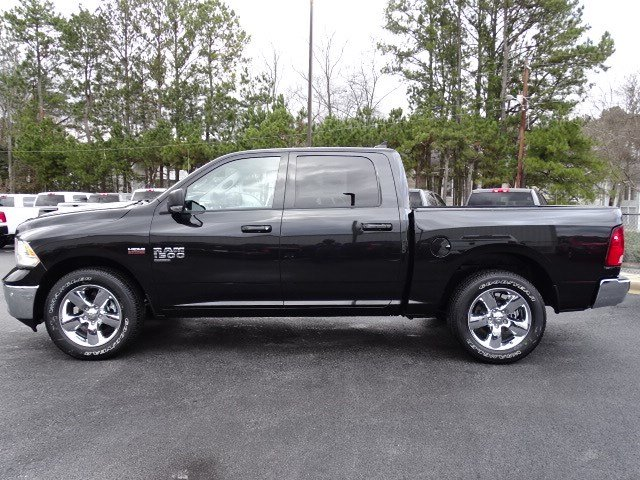 2019 Ram 1500 Crew Cab 4x2,  Pickup #597529 - photo 4