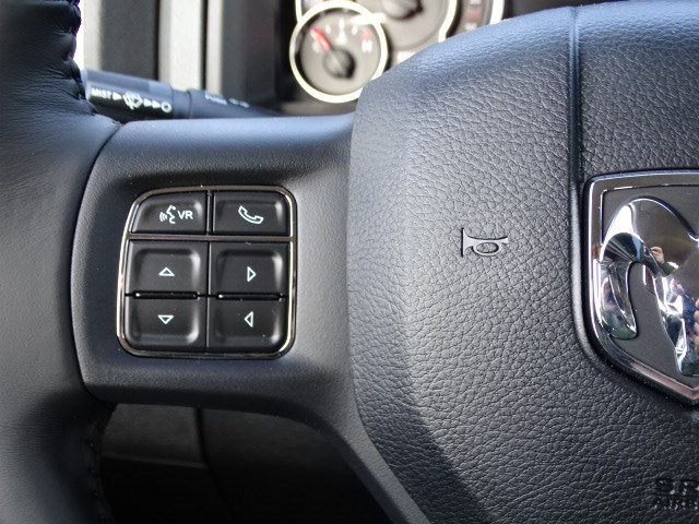 2019 Ram 1500 Crew Cab 4x2,  Pickup #597587 - photo 16
