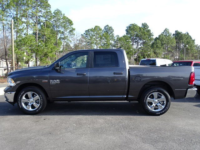 2019 Ram 1500 Crew Cab 4x2,  Pickup #597587 - photo 4