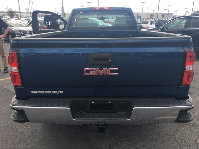 2018 Sierra 1500 Regular Cab 4x4,  Pickup #B18300479 - photo 2