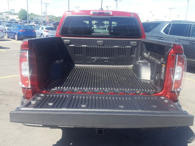 2018 Canyon Crew Cab 4x4,  Pickup #B18300959 - photo 4