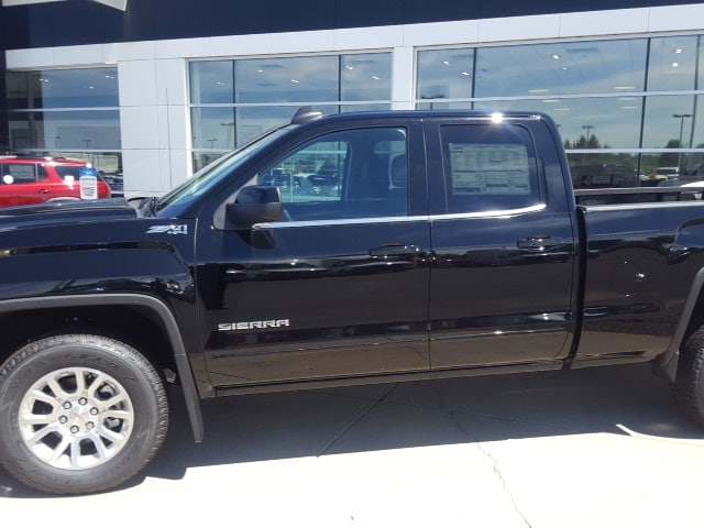 2018 Sierra 1500 Extended Cab 4x4,  Pickup #B18301234 - photo 3