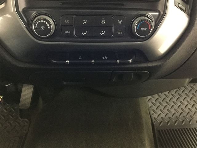 2015 Silverado 2500 Crew Cab 4x4,  Pickup #B156R1285 - photo 14