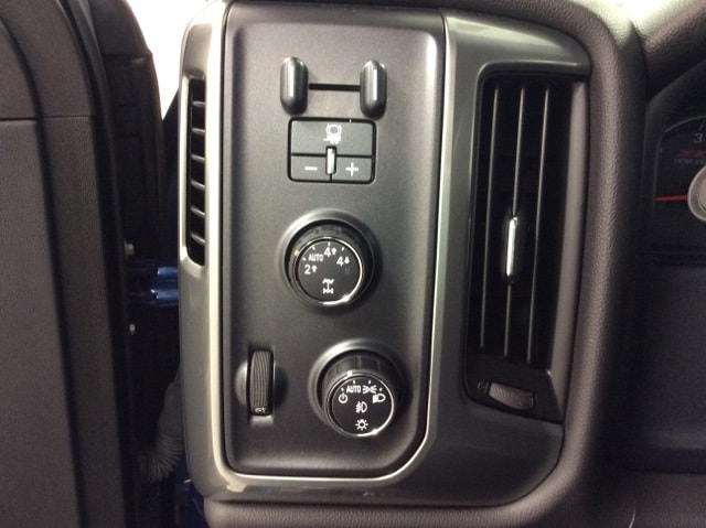 2015 Silverado 1500 Double Cab 4x4,  Pickup #B159R9439 - photo 31