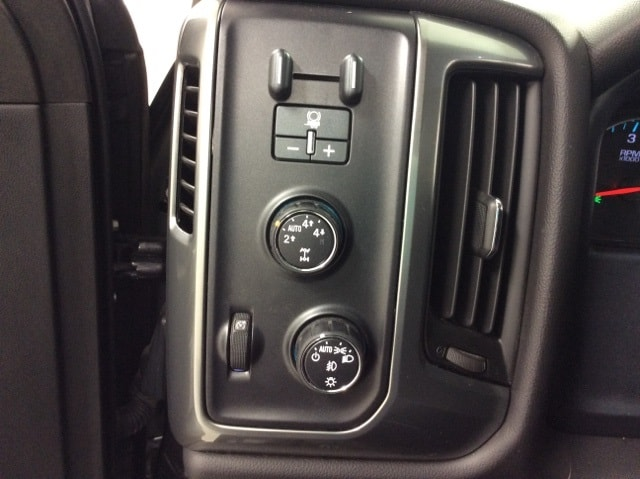 2015 Silverado 1500 Double Cab 4x4,  Pickup #B159R9442 - photo 31