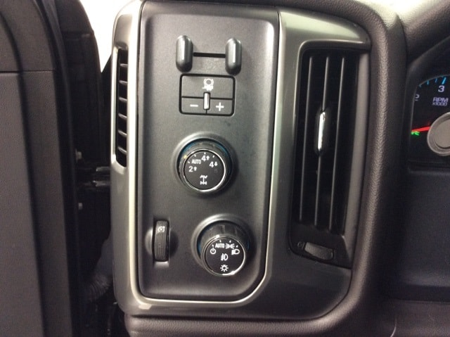 2015 Silverado 1500 Double Cab 4x4,  Pickup #B159R9449 - photo 32