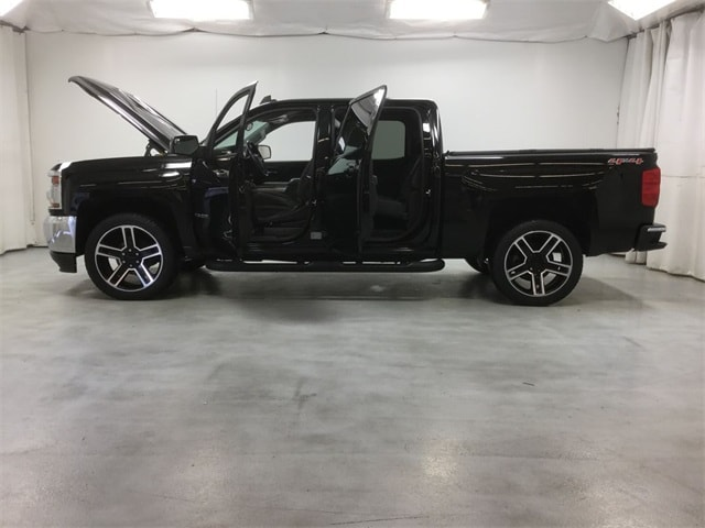 2016 Silverado 1500 Crew Cab 4x4,  Pickup #B169R0508 - photo 3