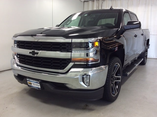 2017 Silverado 1500 Crew Cab 4x2,  Pickup #B177B9591 - photo 4