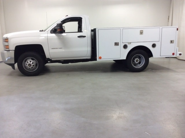2017 Silverado 3500 Regular Cab DRW 4x4,  Service Body #B17UR9116 - photo 3