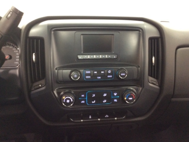 2017 Silverado 3500 Regular Cab DRW 4x4,  Service Body #B17UR9116 - photo 29
