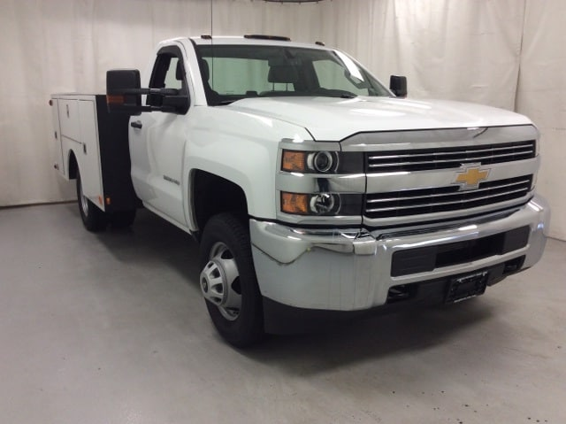 2017 Silverado 3500 Regular Cab DRW 4x4,  Service Body #B17UR9116 - photo 7