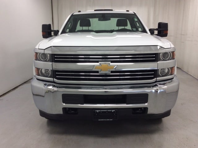 2017 Silverado 3500 Regular Cab DRW 4x4,  Service Body #B17UR9116 - photo 8