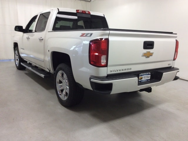 2017 Silverado 1500 Crew Cab 4x4,  Pickup #B17UR9164 - photo 2