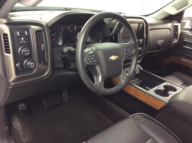 2017 Silverado 2500 Crew Cab 4x4,  Pickup #B17UR9620 - photo 30