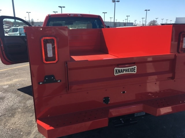 2018 Silverado 2500 Regular Cab 4x4, Knapheide Service Body #B18100706 - photo 2