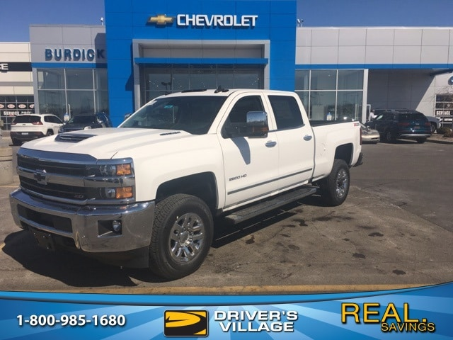 2018 Silverado 2500 Crew Cab 4x4, Pickup #B18100734 - photo 1