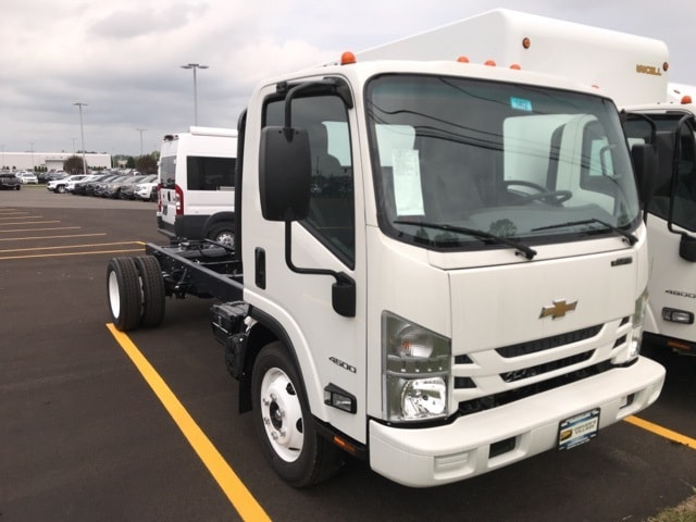 2018 LCF 4500 Regular Cab 4x2, Cab Chassis #B18101412 - photo 1