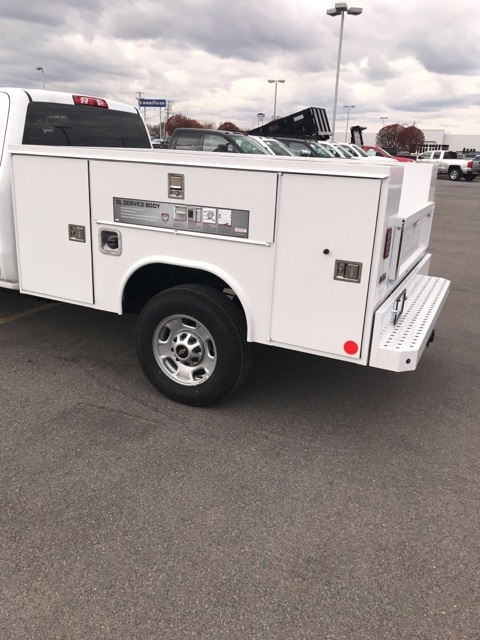 2018 Silverado 2500 Double Cab 4x4,  Service Body #B18101433 - photo 2