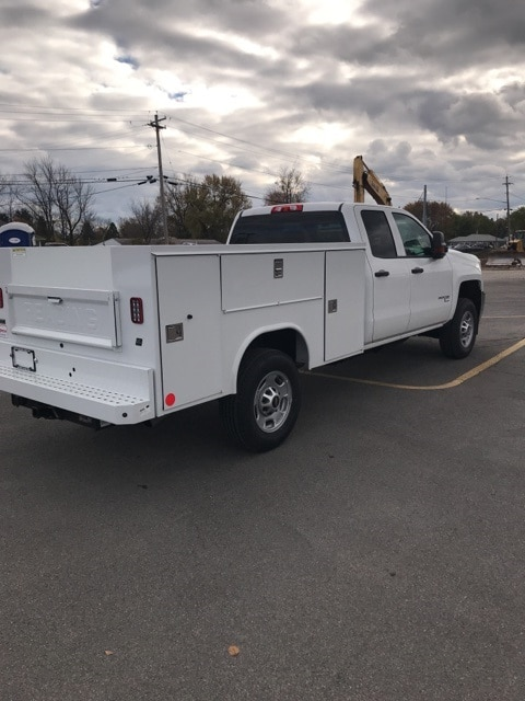 2018 Silverado 2500 Double Cab 4x4,  Service Body #B18101433 - photo 4