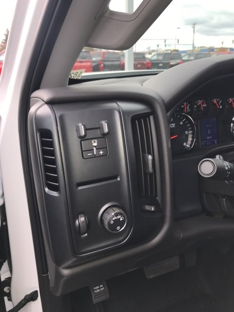 2018 Silverado 2500 Double Cab 4x4,  Service Body #B18101433 - photo 8