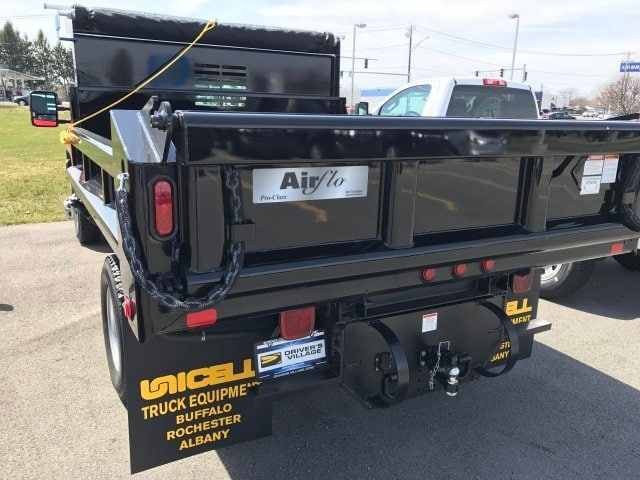 2018 Silverado 3500 Regular Cab DRW 4x4, Air-Flo Pro-Class Dump Body #B18300552 - photo 2