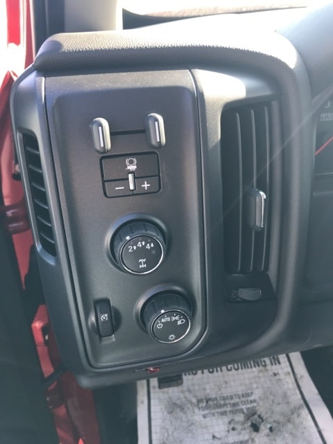 2018 Silverado 3500 Regular Cab DRW 4x4,  Air-Flo Dump Body #B18300552 - photo 5