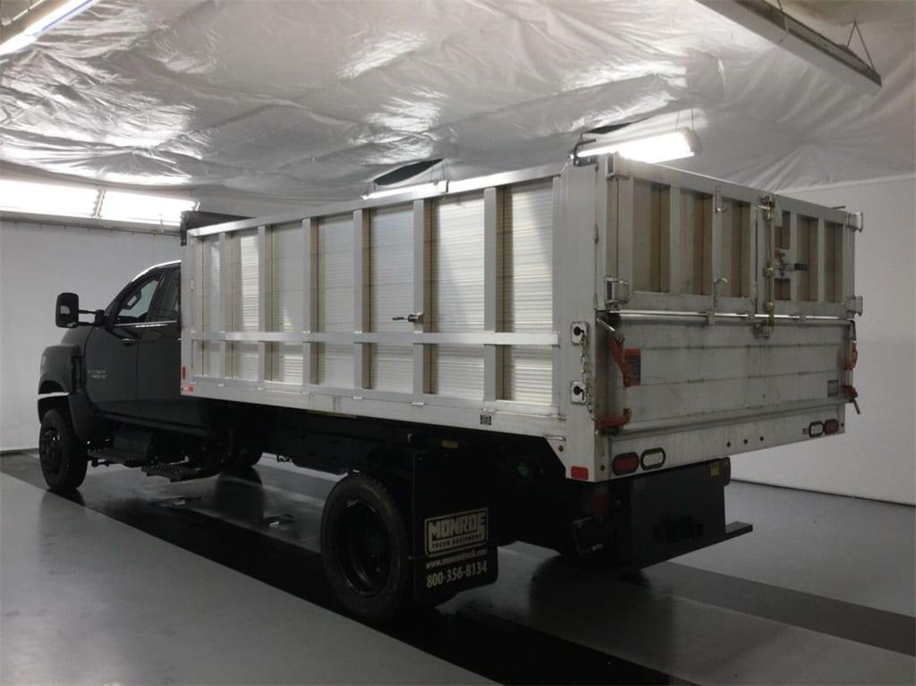 2019 Silverado Medium Duty Crew Cab DRW 4x4, Monroe Landscape Dump #B19101557 - photo 4