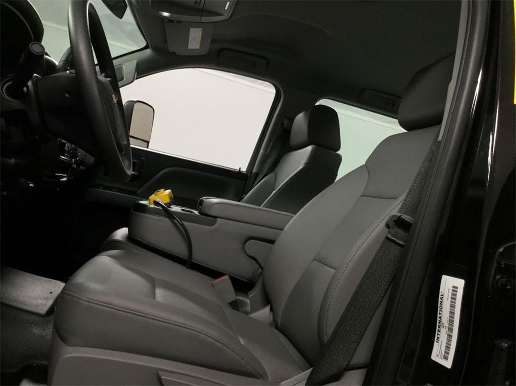 2019 Silverado Medium Duty Crew Cab DRW 4x4, Monroe Landscape Dump #B19101557 - photo 6