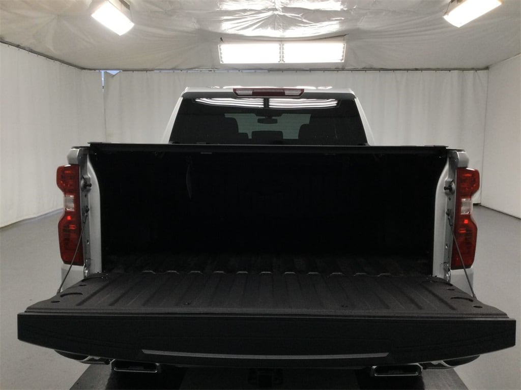 2021 Chevrolet Silverado 1500 Crew Cab 4x4, Pickup #B21101451 - photo 10