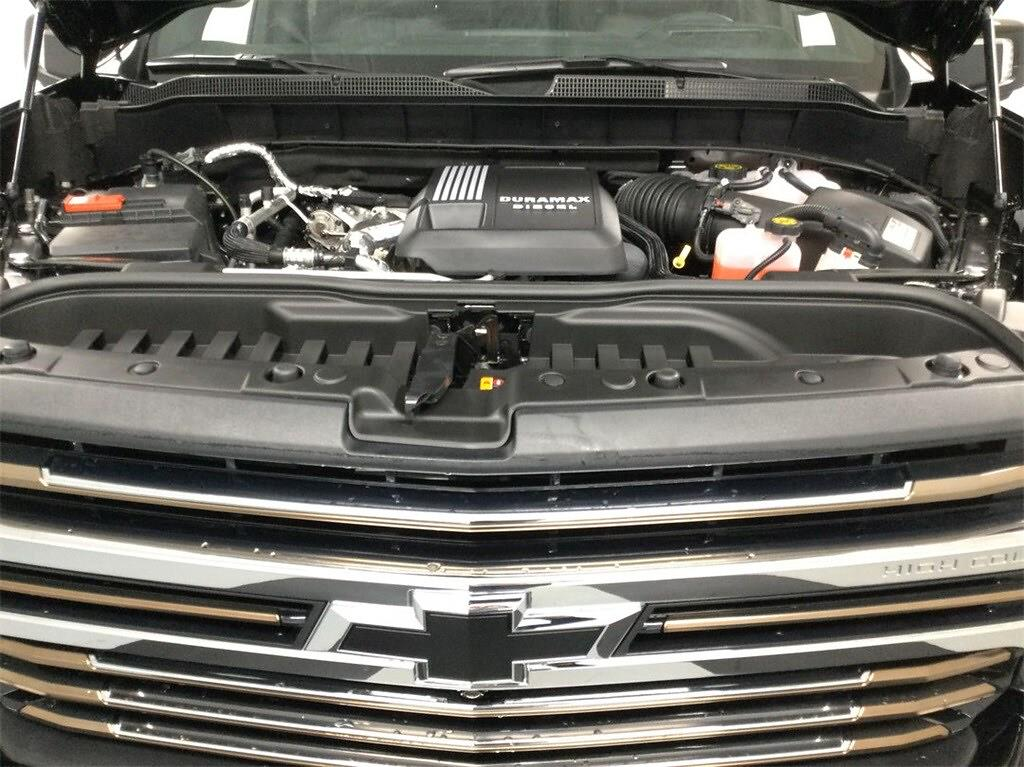 2021 Chevrolet Silverado 1500 Crew Cab 4x4, Pickup #B21102014 - photo 12