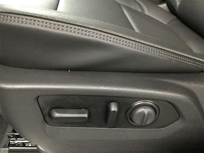 2021 Chevrolet Silverado 1500 Crew Cab 4x4, Pickup #B21102014 - photo 14