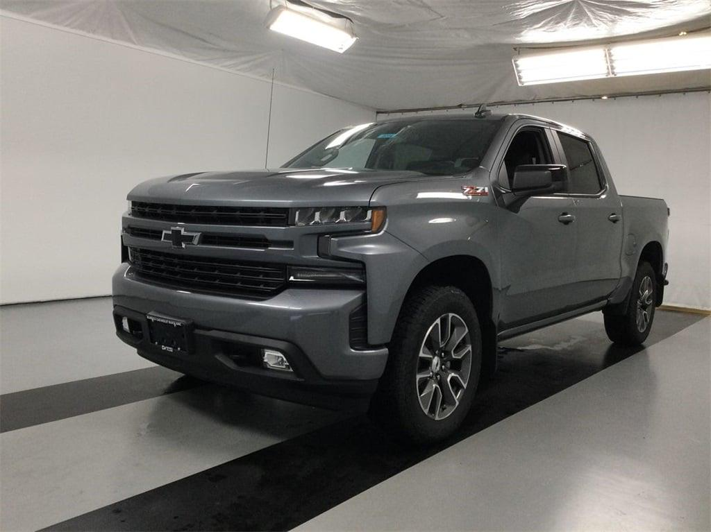 2021 Chevrolet Silverado 1500 Crew Cab 4x4, Pickup #B21102214 - photo 3