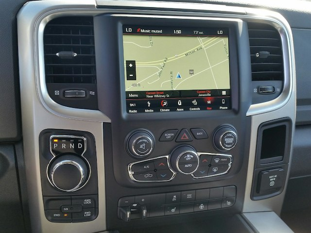 2018 Ram 1500 Crew Cab 4x4, Pickup #18RL016 - photo 7