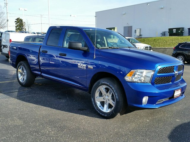 2018 Ram 1500 Quad Cab 4x4, Pickup #18RL059 - photo 3