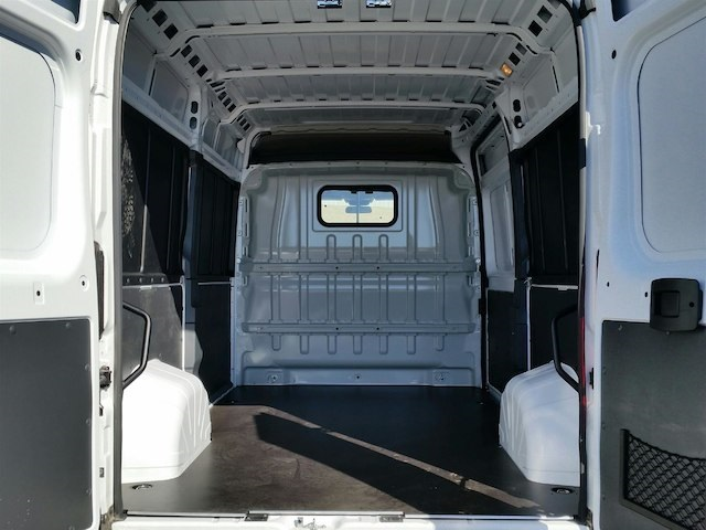 2018 ProMaster 2500 High Roof FWD,  Empty Cargo Van #18RL092 - photo 2
