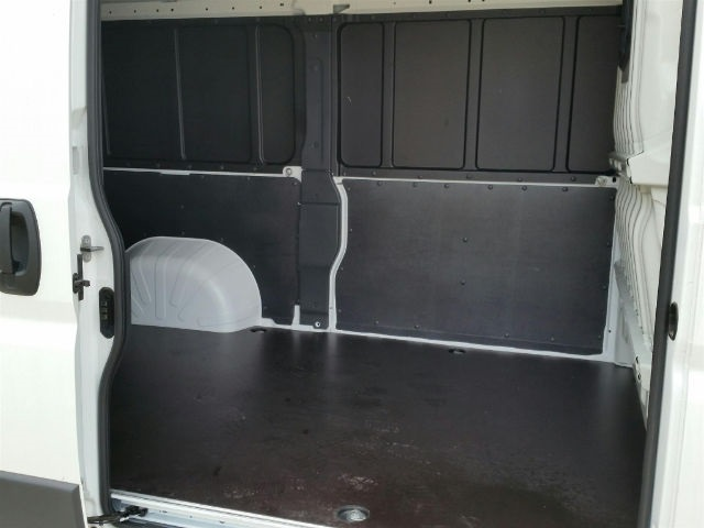 2018 ProMaster 2500 High Roof FWD,  Empty Cargo Van #18RL093 - photo 10
