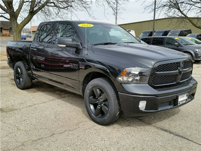 2018 Ram 1500 Crew Cab 4x4, Pickup #18RL099 - photo 10