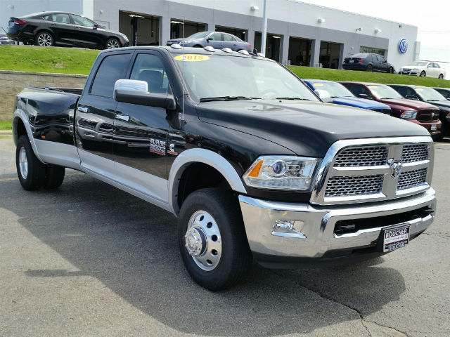 2018 Ram 3500 Crew Cab DRW 4x4, Pickup #18RL154 - photo 3