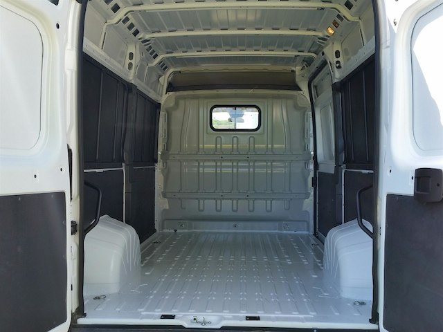 2018 ProMaster 2500 High Roof FWD,  Empty Cargo Van #18RL160 - photo 2