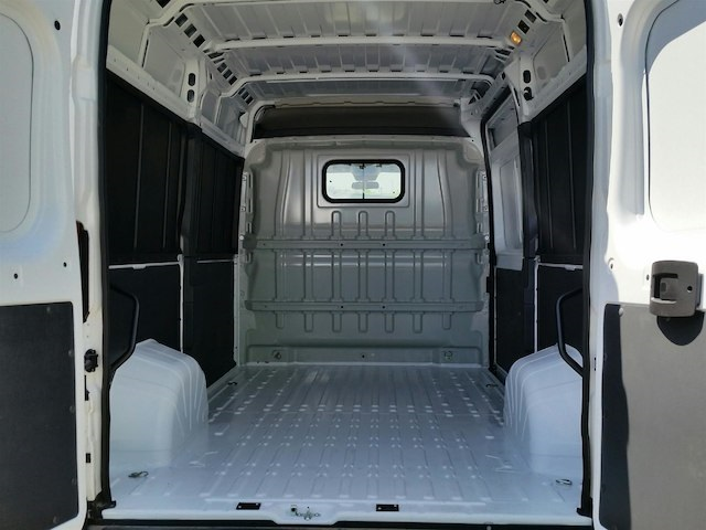 2018 ProMaster 2500 High Roof FWD,  Empty Cargo Van #18RL161 - photo 2